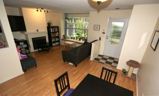 "Photo 3: 7430 MAGNOLIA Terrace in Burnaby: Highgate Townhouse for sale in ""CAMARILLO"" (Burnaby South)  : MLS®# R2080942"