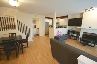 "Photo 4: 7430 MAGNOLIA Terrace in Burnaby: Highgate Townhouse for sale in ""CAMARILLO"" (Burnaby South)  : MLS®# R2080942"