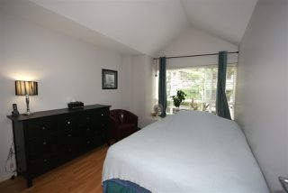 "Photo 7: 7430 MAGNOLIA Terrace in Burnaby: Highgate Townhouse for sale in ""CAMARILLO"" (Burnaby South)  : MLS®# R2080942"