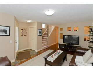 Photo 5: 223 31 Avenue NW in Calgary: Tuxedo Park House for sale : MLS®# C4072300