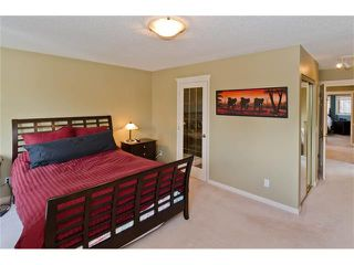 Photo 10: 223 31 Avenue NW in Calgary: Tuxedo Park House for sale : MLS®# C4072300
