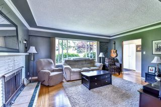 Photo 3: 9759 PRINCESS Drive in Surrey: Royal Heights House for sale (North Surrey)  : MLS®# R2092868