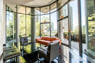 """Photo 18: 1607 1331 W GEORGIA Street in Vancouver: Coal Harbour Condo for sale in """"THE POINT"""" (Vancouver West)  : MLS®# R2099225"""