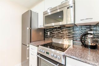 """Photo 8: 1607 1331 W GEORGIA Street in Vancouver: Coal Harbour Condo for sale in """"THE POINT"""" (Vancouver West)  : MLS®# R2099225"""