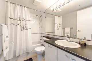 """Photo 15: 1607 1331 W GEORGIA Street in Vancouver: Coal Harbour Condo for sale in """"THE POINT"""" (Vancouver West)  : MLS®# R2099225"""