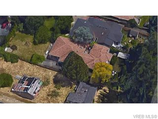 Photo 8: 826 Hockley Ave in VICTORIA: La Langford Proper Half Duplex for sale (Langford)  : MLS®# 745330