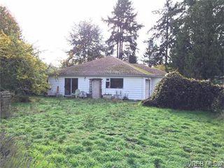 Photo 3: 826 Hockley Ave in VICTORIA: La Langford Proper Half Duplex for sale (Langford)  : MLS®# 745330
