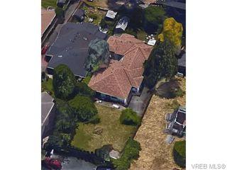 Photo 7: 826 Hockley Ave in VICTORIA: La Langford Proper Half Duplex for sale (Langford)  : MLS®# 745330