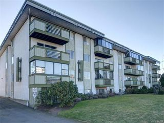 Photo 1: 403 25 Government St in VICTORIA: Vi James Bay Condo for sale (Victoria)  : MLS®# 749293