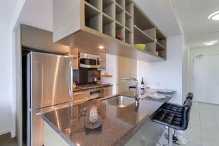 """Photo 5: 2404 833 SEYMOUR Street in Vancouver: Downtown VW Condo for sale in """"The Capitol Residences"""" (Vancouver West)  : MLS®# R2138955"""