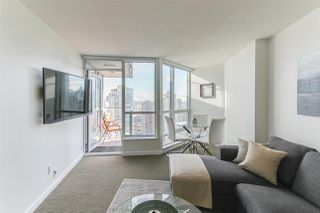 """Photo 3: 2404 833 SEYMOUR Street in Vancouver: Downtown VW Condo for sale in """"The Capitol Residences"""" (Vancouver West)  : MLS®# R2138955"""