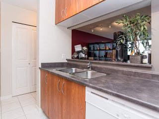 "Photo 10: 2410 3663 CROWLEY Drive in Vancouver: Collingwood VE Condo for sale in ""LATITUTDE"" (Vancouver East)  : MLS®# R2140003"
