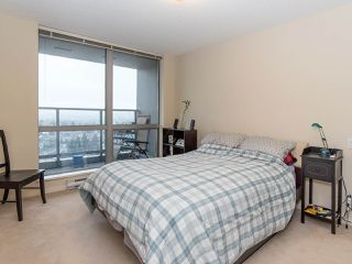 "Photo 14: 2410 3663 CROWLEY Drive in Vancouver: Collingwood VE Condo for sale in ""LATITUTDE"" (Vancouver East)  : MLS®# R2140003"