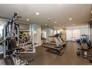 """Photo 16: 2402 550 TAYLOR Street in Vancouver: Downtown VW Condo for sale in """"THE TAYLOR"""" (Vancouver West)  : MLS®# R2142981"""