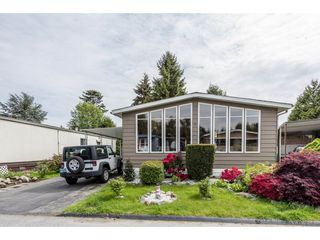 Photo 2: 335 1840 160TH STREET in Surrey: King George Corridor Manufactured Home for sale (South Surrey White Rock)  : MLS®# R2167828