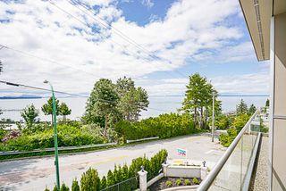 Photo 5: 1 15021 BUENA VISTA Avenue: White Rock Condo for sale (South Surrey White Rock)  : MLS®# R2170659