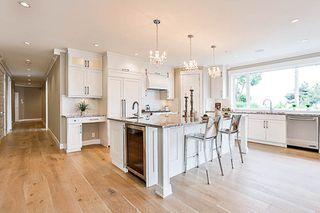 Photo 2: 1 15021 BUENA VISTA Avenue: White Rock Condo for sale (South Surrey White Rock)  : MLS®# R2170659