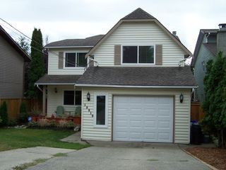 Photo 1: 19816 68TH Ave in Langley: Home for sale : MLS®# F1123054