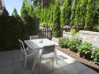 "Photo 3: 18 3470 HIGHLAND Drive in Coquitlam: Burke Mountain Townhouse for sale in ""BRIDLEWOOD"" : MLS®# R2181948"