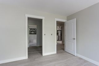 Photo 12: 214 19236 FORD Road in Pitt Meadows: Central Meadows Condo for sale : MLS®# R2182703