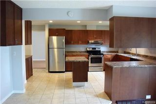 Photo 4: 38 Forest Lake Drive in Winnipeg: Waverley Heights Residential for sale (1L)  : MLS®# 1717364