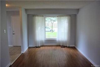 Photo 2: 38 Forest Lake Drive in Winnipeg: Waverley Heights Residential for sale (1L)  : MLS®# 1717364