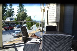 Photo 2: 235 5160 DAVIS BAY Road in Sechelt: Sechelt District Condo for sale (Sunshine Coast)  : MLS®# R2190164