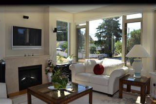Photo 3: 235 5160 DAVIS BAY Road in Sechelt: Sechelt District Condo for sale (Sunshine Coast)  : MLS®# R2190164