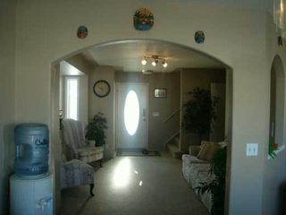 Photo 2:  in CALGARY: Applewood Residential Detached Single Family for sale (Calgary)  : MLS®# C3247082