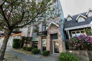 """Photo 4: 104 3349 DUNBAR Street in Vancouver: Dunbar Townhouse for sale in """"DUNBAR"""" (Vancouver West)  : MLS®# R2199168"""