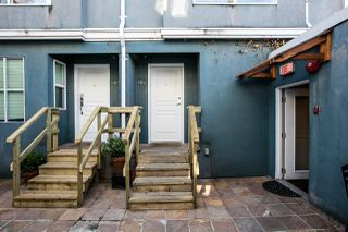 """Photo 5: 104 3349 DUNBAR Street in Vancouver: Dunbar Townhouse for sale in """"DUNBAR"""" (Vancouver West)  : MLS®# R2199168"""