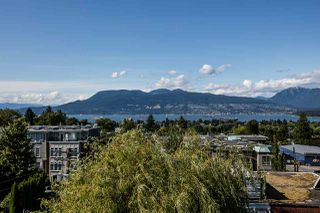 """Photo 2: 104 3349 DUNBAR Street in Vancouver: Dunbar Townhouse for sale in """"DUNBAR"""" (Vancouver West)  : MLS®# R2199168"""