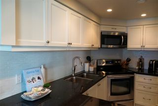 Photo 10: 503 1238 MELVILLE STREET in Vancouver: Coal Harbour Condo for sale (Vancouver West)  : MLS®# R2186632