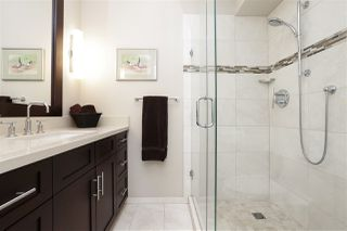 """Photo 14: 1301 123 E KEITH Road in North Vancouver: Lower Lonsdale Condo for sale in """"VICTORIA PLACE"""" : MLS®# R2210489"""