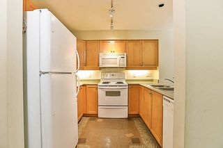 Photo 5: 210 808 SANGSTER PLACE in New Westminster: The Heights NW Condo for sale : MLS®# R2213078