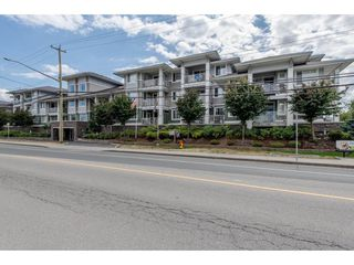 """Photo 2: 104 46262 FIRST Avenue in Chilliwack: Chilliwack E Young-Yale Condo for sale in """"THE SUMMIT"""" : MLS®# R2232837"""