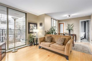 "Photo 4: 403 989 RICHARDS Street in Vancouver: Downtown VW Condo for sale in ""THE MONDRIAN"" (Vancouver West)  : MLS®# R2236828"