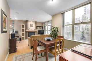 "Photo 8: 403 989 RICHARDS Street in Vancouver: Downtown VW Condo for sale in ""THE MONDRIAN"" (Vancouver West)  : MLS®# R2236828"