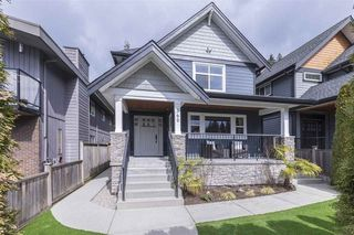 Photo 1: 360 East 21st Street in North Vancouver: Central Lonsdale House for sale : MLS®# R2252273