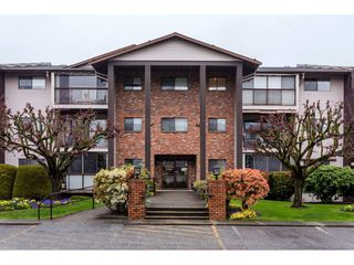 "Photo 15: 109 32910 AMICUS Place in Abbotsford: Central Abbotsford Condo for sale in ""Royal Oaks"" : MLS®# R2256769"