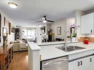 """Photo 6: 404 6745 STATION HILL Court in Burnaby: South Slope Condo for sale in """"SALTSPRING"""" (Burnaby South)  : MLS®# R2272238"""