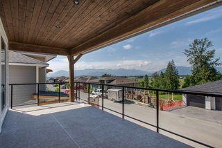 "Photo 8: 26 50778 LEDGESTONE Place in Chilliwack: Eastern Hillsides House for sale in ""SUNRIDGE"" : MLS®# R2274837"