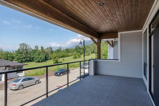 "Photo 9: 26 50778 LEDGESTONE Place in Chilliwack: Eastern Hillsides House for sale in ""SUNRIDGE"" : MLS®# R2274837"