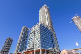 "Photo 3: 4202 4485 SKYLINE Drive in Burnaby: Brentwood Park Condo for sale in ""ALTUS AT SOLO"" (Burnaby North)  : MLS®# R2316432"