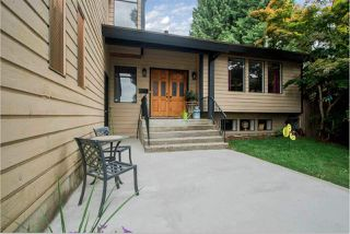 """Main Photo: 408 FERNHURST Place in Coquitlam: Coquitlam East House for sale in """"Dartmoor Heights"""" : MLS®# R2319741"""