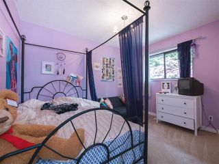 """Photo 15: 408 FERNHURST Place in Coquitlam: Coquitlam East House for sale in """"Dartmoor Heights"""" : MLS®# R2319741"""