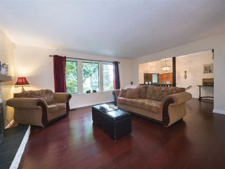 "Photo 5: 408 FERNHURST Place in Coquitlam: Coquitlam East House for sale in ""Dartmoor Heights"" : MLS®# R2319741"
