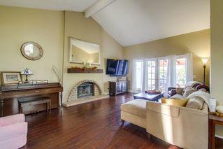 Photo 5: SOUTH ESCONDIDO House for sale : 4 bedrooms : 3707 Wildrose Glen in Escondido