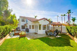 Photo 1: SOUTH ESCONDIDO House for sale : 4 bedrooms : 3707 Wildrose Glen in Escondido