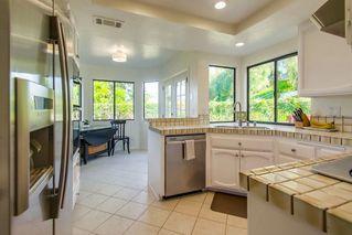 Photo 9: SOUTH ESCONDIDO House for sale : 4 bedrooms : 3707 Wildrose Glen in Escondido